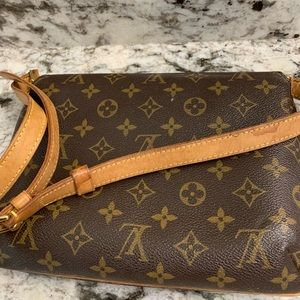 Pre-own authentic Louis vution bag